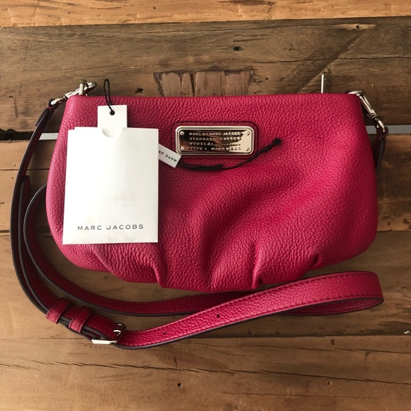 Marc By Marc Jacobs Handbags - Marc by Marc Jacobs Percy Leather Crossbody